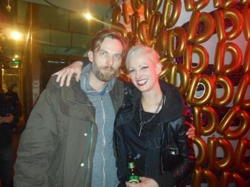 Amy, 33 ans, artiste, vit à Berlin  Groupe préféré de la soirée : Nova Heart