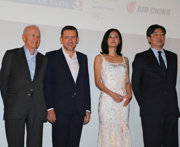 De gauche à droite : Jérôme Seydoux, Dany Boon, Xu Jinglei et Zhai Jun (ambassadeur de Chine en France)   crédits photo : Loubaki / CN Kick