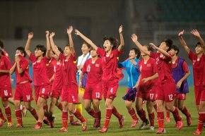Coupe du monde de Football – Canada 2015 : «Le grand défi des Roses d'acier»